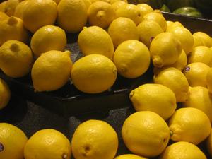 When life hands you lemons (courtesy of Richard X. Thripp)