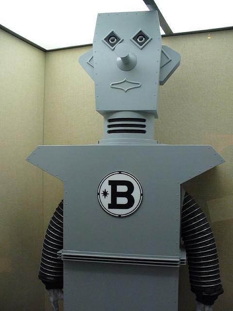 Robot for Choosing SEO Keywords Post