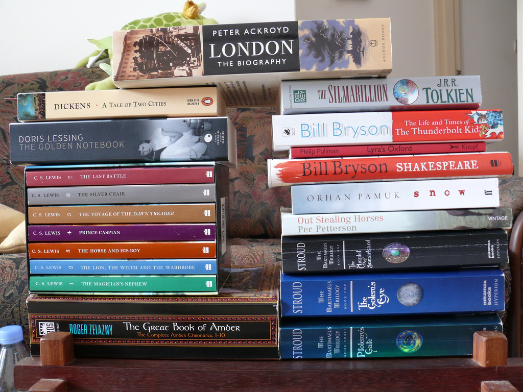 Stack of books: What I'm reading this week
